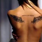 тату для девушки - крылья на спине