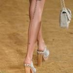 татуировки на ногах у девушки
