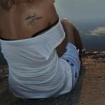 татуировка для девушки на плече