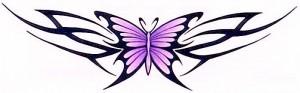 татуировка бабочка на пояснице